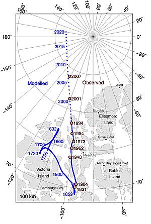 """Магнитная стрелка компаса указывает именно на магнитный полюс и """"промахивается"""" мимо полюса географического; эту промашку и учитывает поправка по Полярной звезде."""