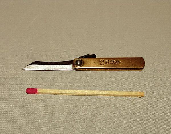 Главные риски при таком разделении спичек заключаются в том, что серная головка может либо полностью отломаться, либо остаться только на одной части древка.