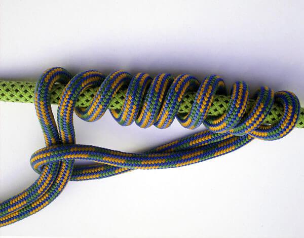 Этот узел менее популярен, чем простой прусик, но тем не менее иногда используется.