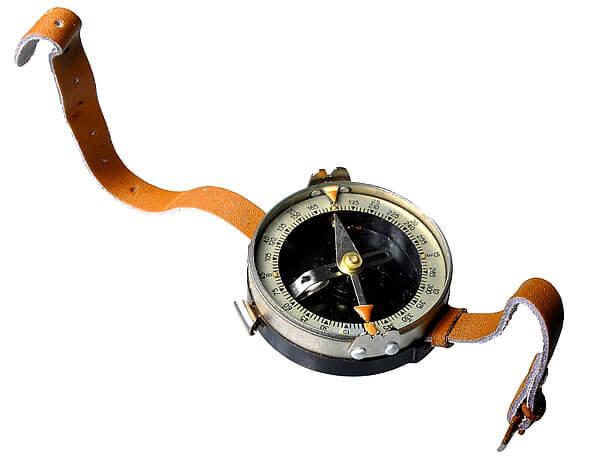 Хотя сегодня такой ремешок уже считается устаревшим, сама модель до сих пор широко применяется в неизменном виде.