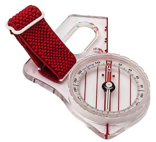 Ремешок на этом компасе предназначен именно для надевания его на палец.
